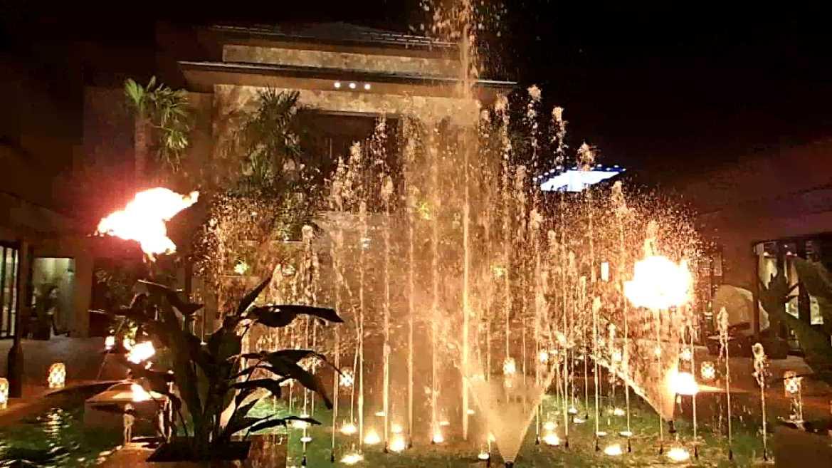 【噴水ショー】盛岡結婚式場「BelleVie LovinaTerrace」音楽噴水ショー(岩手県)