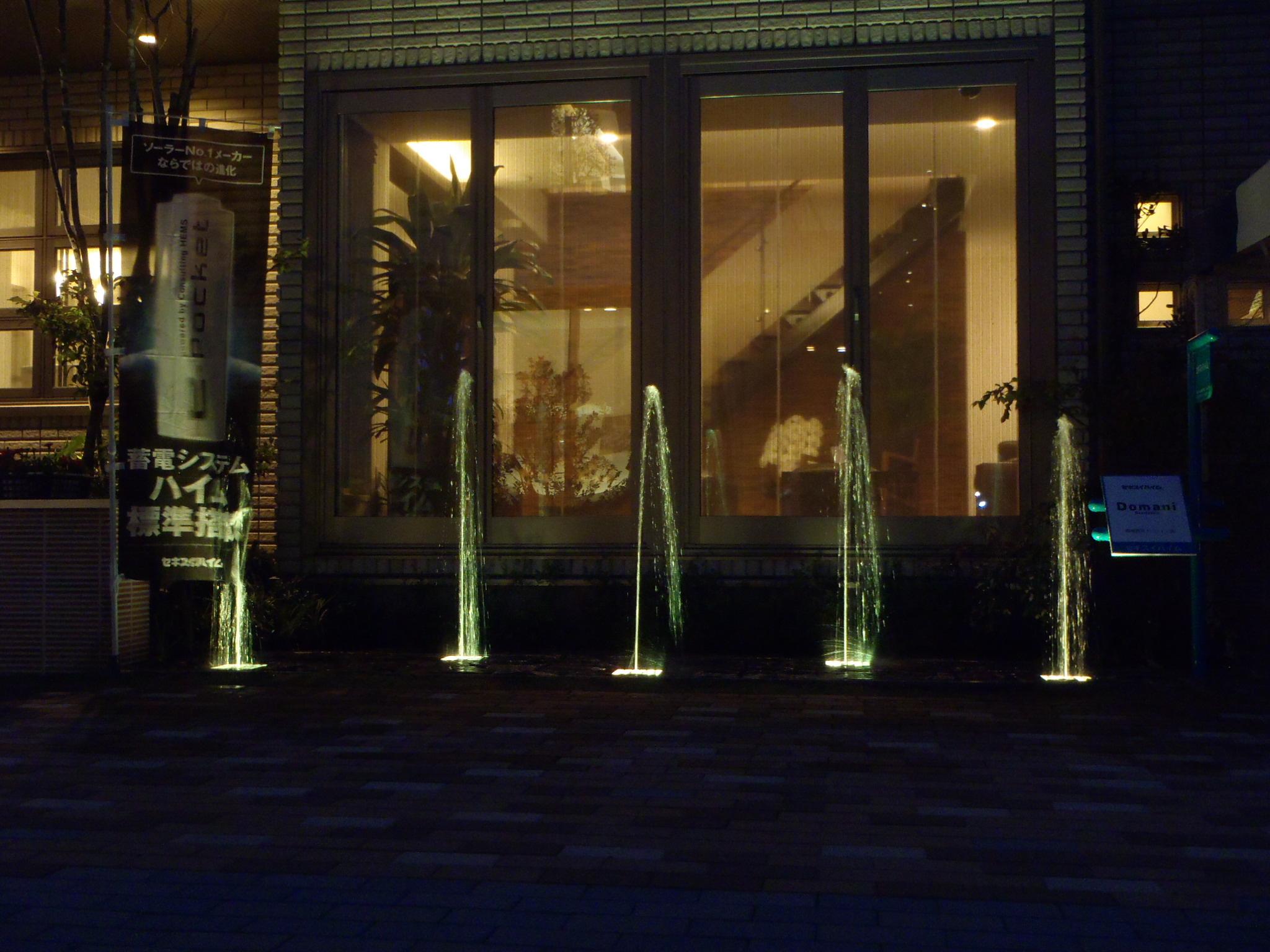 セキスイハイム横須賀展示場 水玉噴水設置(神奈川県)