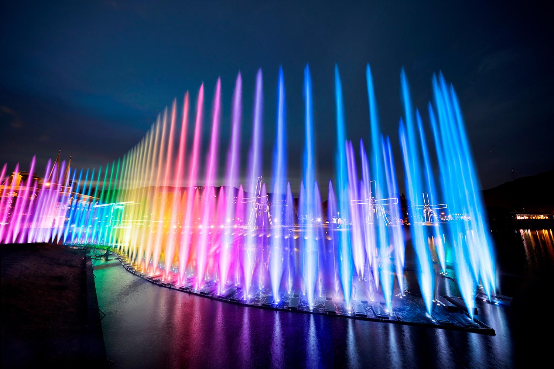 【噴水ショー】ドゥサイエンス音楽噴水ショー施工事例