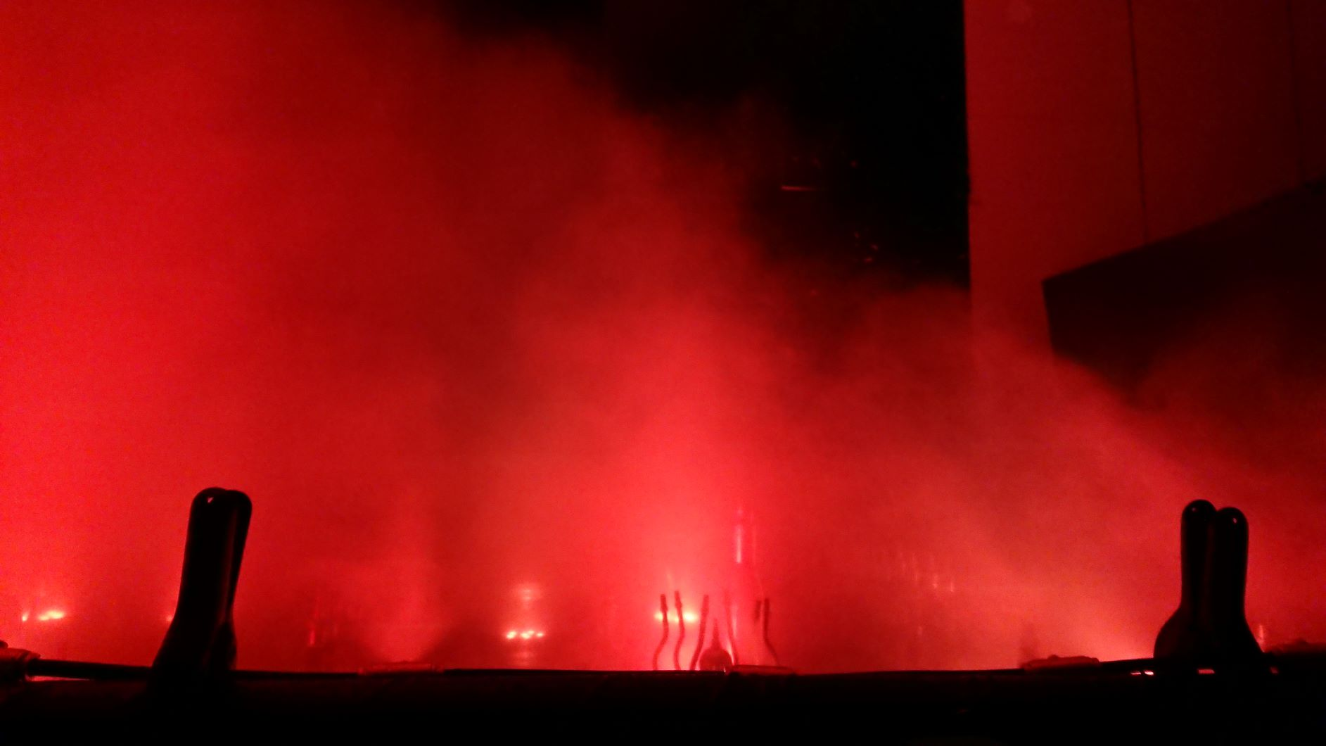 【実験】 噴水で表現する炎