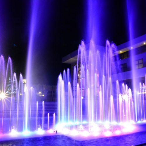 【噴水ショー】ガーデンテラス東山 音楽噴水ショー 改修・プログラムリニューアル(愛知県)