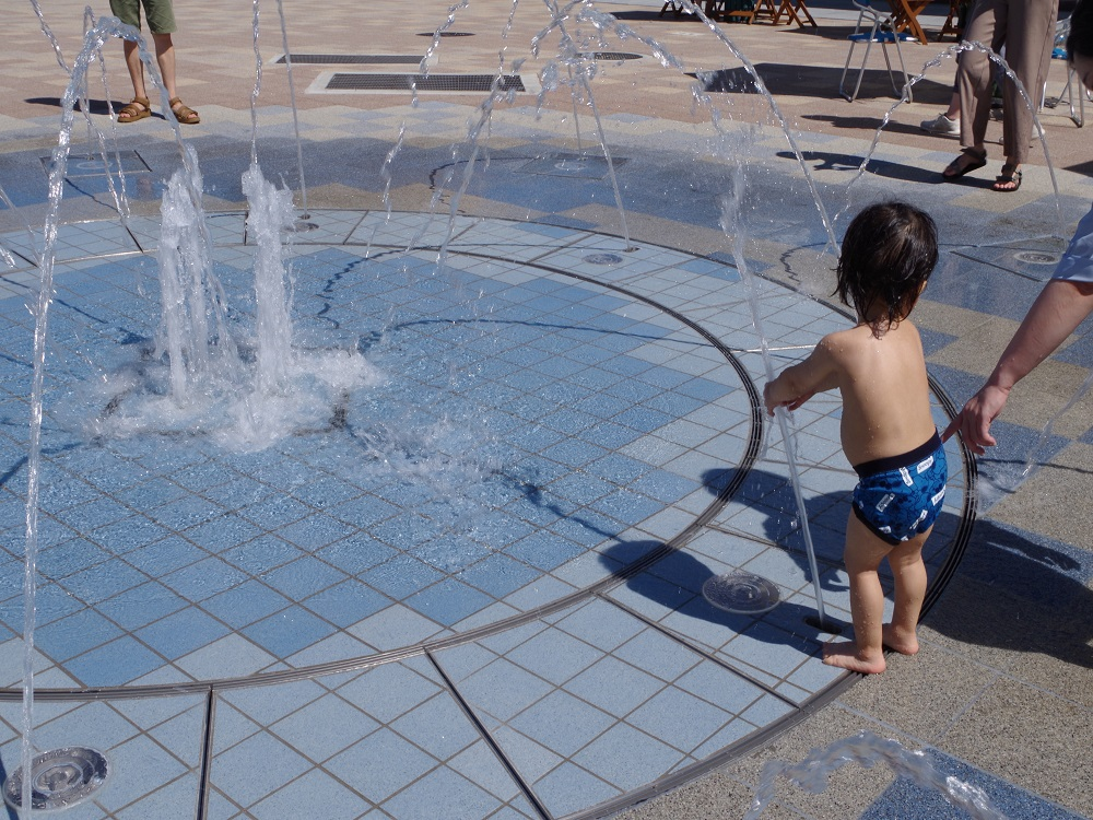 【噴水】ながの表参道セントラルスクゥエア 親水設備 設計・施工(長野県)