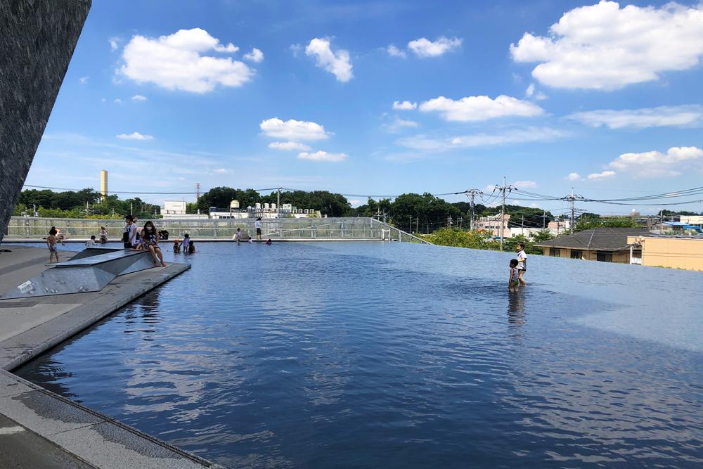 【水盤・流れ】ところざわサクラタウン 水景設備 設計・施工(埼玉県)